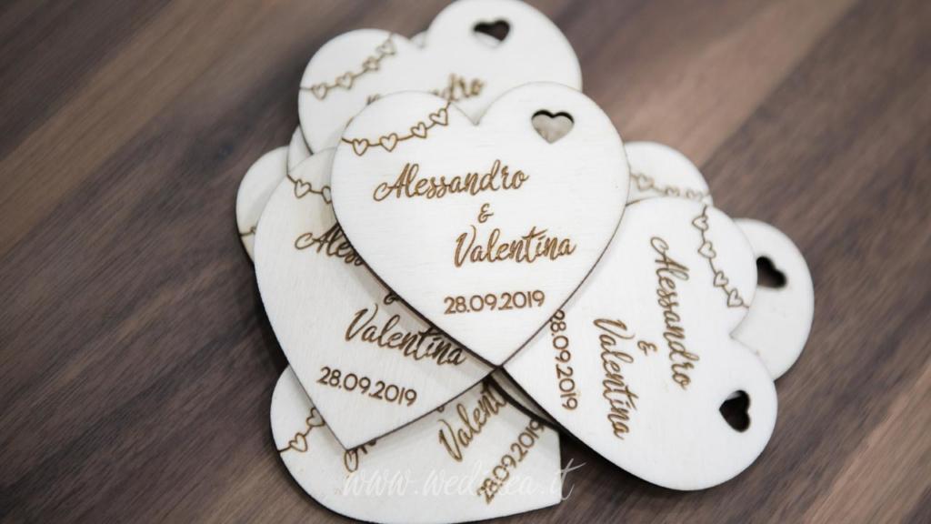 Segnaposto Matrimonio Prezzi.Segnaposto Personalizzato Cuore Wedidea It Idee Per Il Tuo
